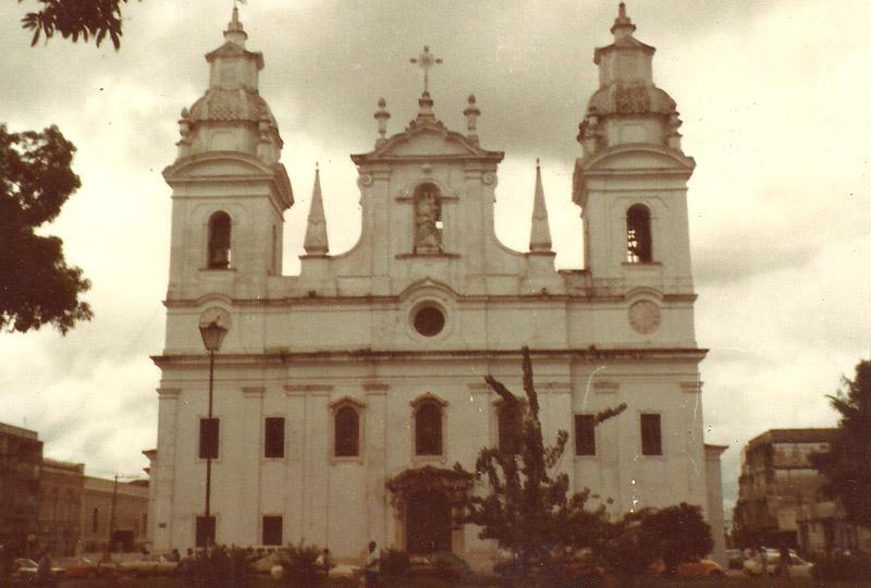 revolution-inri-cristo-cathedral